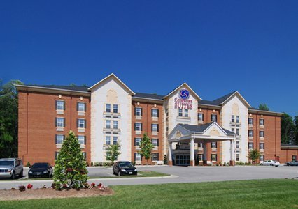 Comfort Suites - Hotels/Accommodations - 12570 Jefferson Avenue, Newport News, VA, United States