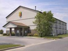 Super 8 Motel - Hotels/Accommodations - 219 Industrial Dr, Columbus, W.I., 53925, US