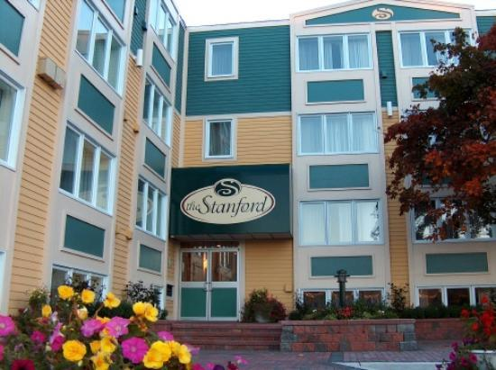 Extended Stay Hotel - Hotels/Accommodations - 222 Lemarchant Rd, St John's, NL, A1E 1M3, Canada