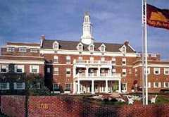 The Molly Pitcher Inn - Hotel - 88 Riverside Ave, Red Bank, NJ, 07701, US