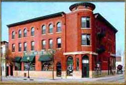 Hotel Ruby Marie - Hotels/Accommodations - 524 E Wilson St, Madison, WI, USA