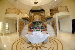 Venuti's Banquets - Ceremony Sites, Reception Sites, Ceremony & Reception - 2251 W Lake St, Addison, IL, 60101, US