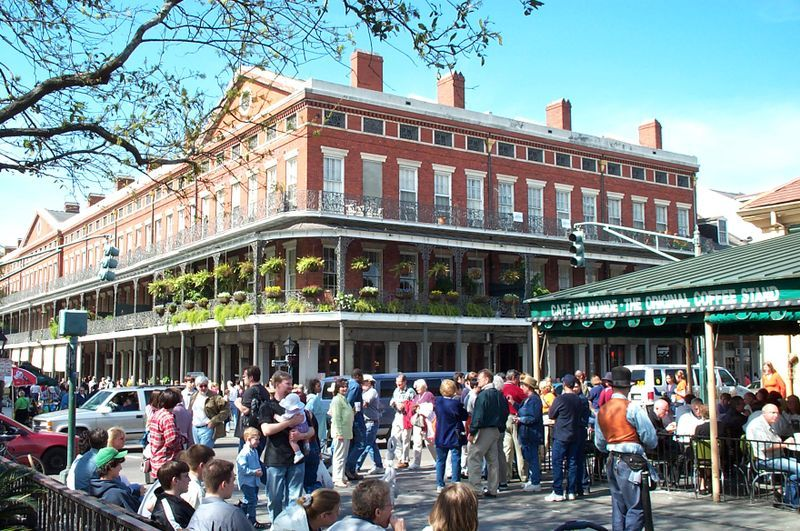 Cafe Du Monde - Restaurants, Coffee/Quick Bites - 800 Decatur Street, New Orleans, LA, 70116, USA