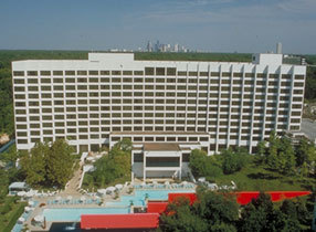 Omni Hotel - Hotels/Accommodations, Reception Sites, Ceremony Sites - 4 Riverway, Houston, TX, United States