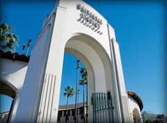 Universal Stuidos - Theme Parks - 70 Universal City Plz, Universal City, CA, United States