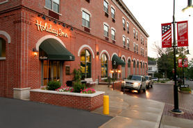 The Elms Holiday Inn - Hotels/Accommodations, Reception Sites - 75 S Main St, Oxford, OH, 45056-1715, US