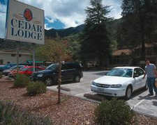 Cedar Lodge Motel - Hotel - 9966 Highway 140, El Portal, CA, United States