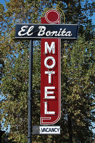 El Bonita Motel - Hotels/Accommodations, Attractions/Entertainment - 195 Main St, St Helena, CA, USA
