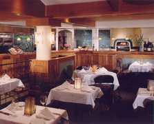 Brix Restaurant - Restaurant - 7377 Saint Helena Hwy, Napa, CA, United States