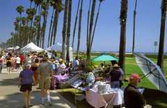 Santa Barbara Arts & Crafts Show (Every Sunday) - Attraction - 236 E Cabrillo Blvd, Santa Barbara, CA, 93101, US