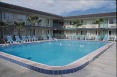Motel 6: Beach - Hotels/Accommodations - 443 Corona Del Mar, Santa Barbara, CA, USA