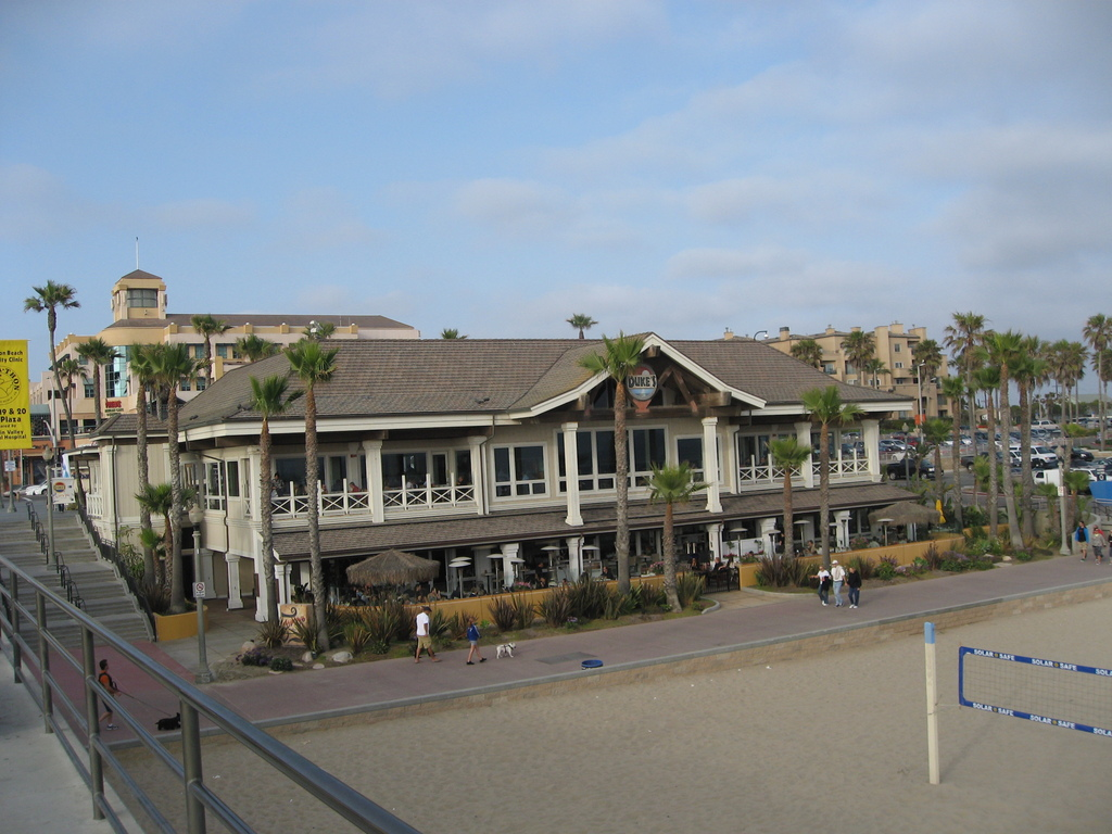 Duke's Huntington Beach - Restaurants - 317 Pacific Coast Hwy, Orange County, CA, 92648, US