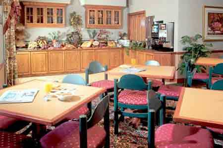 Country Inn And Suites - Hotels/Accommodations - 3614 Gateway Dr, Eau Claire, WI, 54701