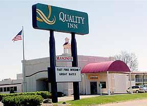 Quality Inn - Hotels/Accommodations, Reception Sites - 809 W. Clairemont Ave., Eau Claire, WI, United States