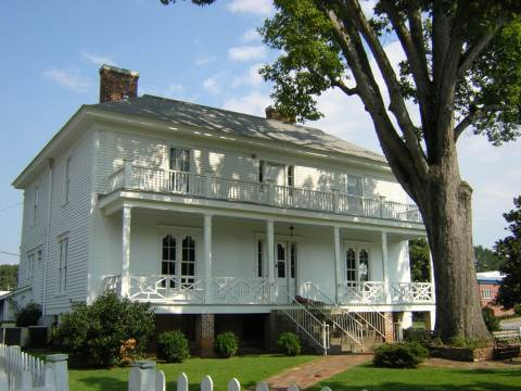 The Larimore House - Ceremony Sites - 698 Mars Hill Rd, Florence, AL, 35630, US