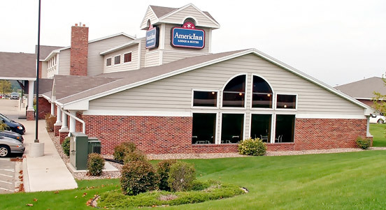 Americinn - Hotels/Accommodations - N Lindbergh Dr, Peoria, IL, 61615