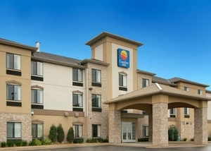 Comfort Inn - Hotels/Accommodations - 595 Tracy Trail, Crystal Lake, IL, 60014