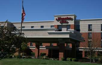 Hampton Inn Mchenry, Il - Hotels/Accommodations - 1555 South Route. 31, McHenry, IL, United States