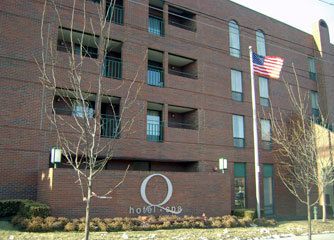 The Q Hotel &amp; Spa - Hotels/Accommodations - 560 Westport Rd, Kansas City, MO, 64111, United States