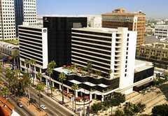 Renaissance Long Beach Hotel - Hotel - 111 E Ocean Blvd, Long Beach, CA, 90802, US