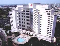 Hilton Long Beach & Executive Meeting Center - Hotel - 701 West Ocean Boulevard, Long Beach, CA, United States