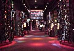 Museum of Science & Industry - Attraction - 5700 S Lake Shore Dr, Chicago, IL, USA