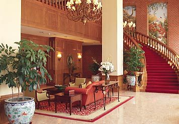 Cornhusker Hotel - Hotels/Accommodations, Attractions/Entertainment, Reception Sites, Ceremony Sites - 333 S 13th St, Lincoln, NE, United States