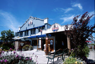 Bubba Gump Shrimp Company - Restaurants - 720 Cannery Row, MOnterey, CA, United States