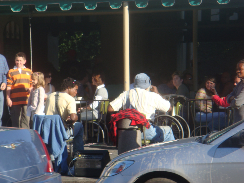 Cafe De Monde - Restaurants, Coffee/Quick Bites, Reception Sites, Brunch/Lunch - 800 Decatur St, New Orleans, LA, United States
