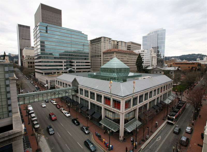 Pioneer Place - Attractions/Entertainment, Shopping - 888 SW 5th Ave # 410, Portland, OR, United States
