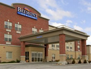 Baymont Inn - Hotels/Accommodations - 678 Walton Dr, Plymouth, WI, 53073