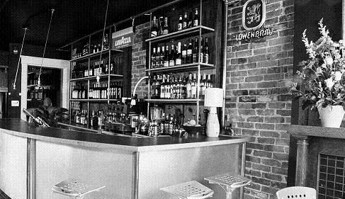 107 Forth Avenue Wine Bar - Bars/Nightife, Restaurants - 107 4th Ave, Ottawa, O.N., K1S, CA