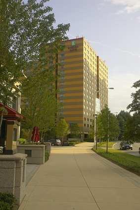 Embassy Suites Atlanta Buckhead - Hotels/Accommodations - 3285 Peachtree Rd NE, Atlanta, GA, United States