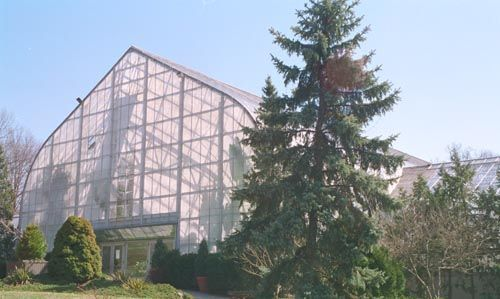 Krohn Conservatory - Attractions/Entertainment, Ceremony Sites, Reception Sites, Parks/Recreation - 1501 Eden Park Drive, Cincinnati, OH, United States