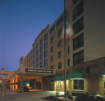 Radisson Quad City Plaza - Hotels/Accommodations, Reception Sites, Attractions/Entertainment - 111 E 2nd St, Davenport, IA, 52801, US