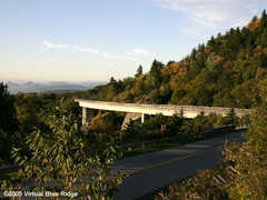 Linn Cove Viaduct - Attractions - Blue Ridge Parkway (South), Milepost 304.4, NC