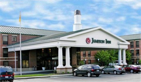 Jameson Inn - $77 - Hotels/Accommodations - 209 Market Place Blvd, Knoxville, TN, United States