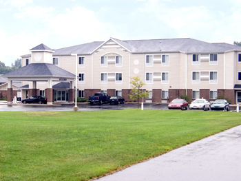 Best Western Beacon Inn - Hotels/Accommodations - 1525 S Beacon Blvd, Grand Haven, MI, 49417, US