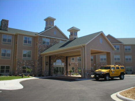 Bridgewood Resort Hotel - Reception Sites, Hotels/Accommodations - 1000 Cameron Way, Neenah, WI, 54956, US