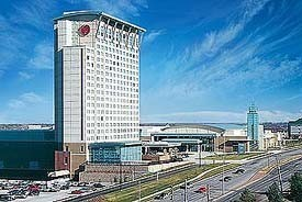 Sheraton Overland Park Hotel: Convention Center - Hotels/Accommodations, Ceremony Sites, Reception Sites - 6100 College Blvd, Leawood, KS, 66211