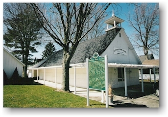 Central Park Chapel - Ceremony Sites - 550 Grove Ave, Holland, MI, 49423, US