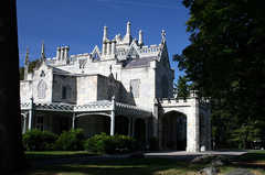 Lyndhurst Castle - Attraction - 635 S Broadway, Tarrytown, NY, 10591