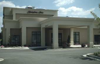 Hampton Inn Jacksonville, Il - Hotels/Accommodations - 1725 West Morton Avenue, Jacksonville, IL, United States