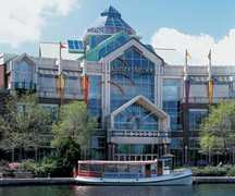 Cambridgeside Galleria - Attraction - 100 Cambridgeside Place, Cambridge, MA, United States