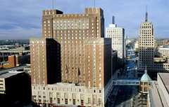 Hilton Milwaukee City Center - Hotel - 509 West Wisconsin Avenue, Milwaukee, WI, United States