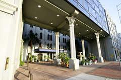 Wyndham Riverfront New Orleans - Hotel - 701 Convention Center Blvd, New Orleans, LA, USA