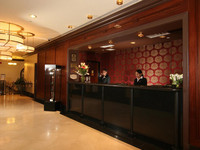 Expedia - Hotels/Accommodations, Honeymoon - 304 East 42nd Street, New York City, United States