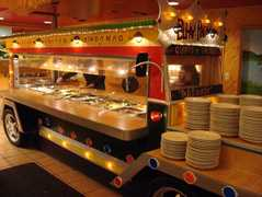 Little Quiapo Restaurant - Restaurant - 6259 N Mccormick Rd, Chicago, IL, United States