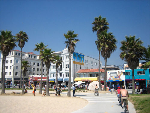 Venice Beach - Beaches, Attractions/Entertainment - Venice Beach, US