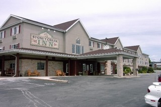 Stoney Creek Inn - Hotels/Accommodations - 3809 Broadway St, Quincy, IL, 62305, US